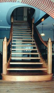 Solid-Oak-Staircase