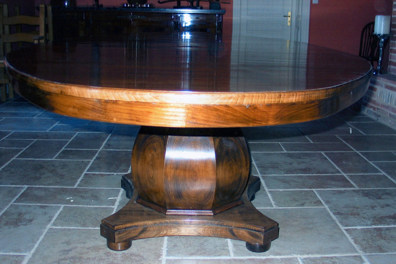 Walnut-Table