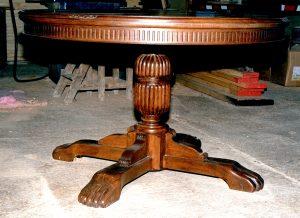 Carved-Oak-Table-Pedestal